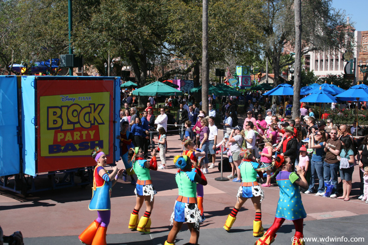 "Hollywood Studios new ""Block Party Bash"" We want Mickey Mouse!!!!!Spoiler alert"