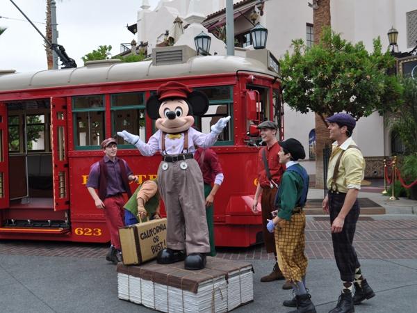 California Adventure Parades and Shows, Disney's California