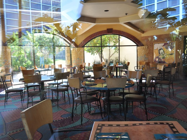 Goofy's Kitchen at disneyland hotel