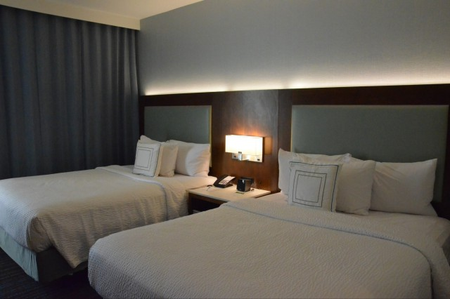 disneyland good neighbor hotels - suites