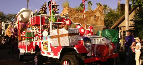 if youre looking for a different park experience on christmas day consider visiting the disneys - Christmas At Disney