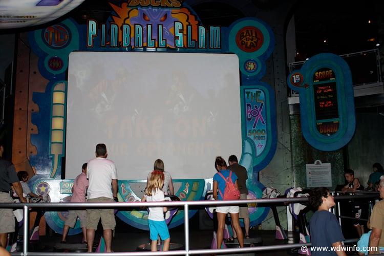 Mighty Ducks Pinball Slam