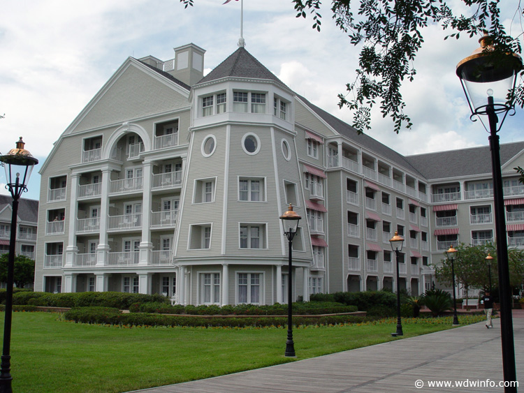 Yacht Club Resort exterior Photo