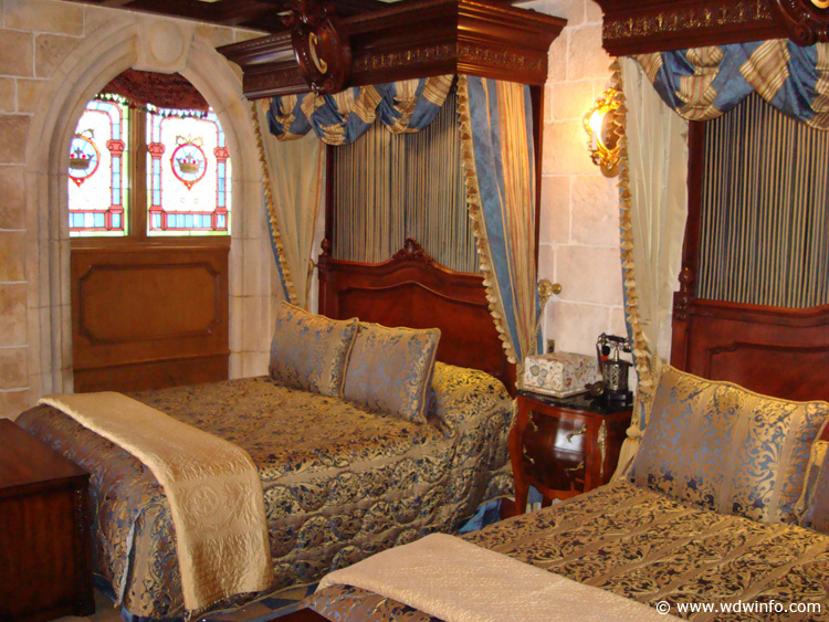 Cinderella-Castle-Suite-11.jpg