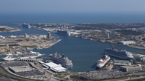 Royal Caribbean S Oasis Of The Seas Moving To Port Canaveral