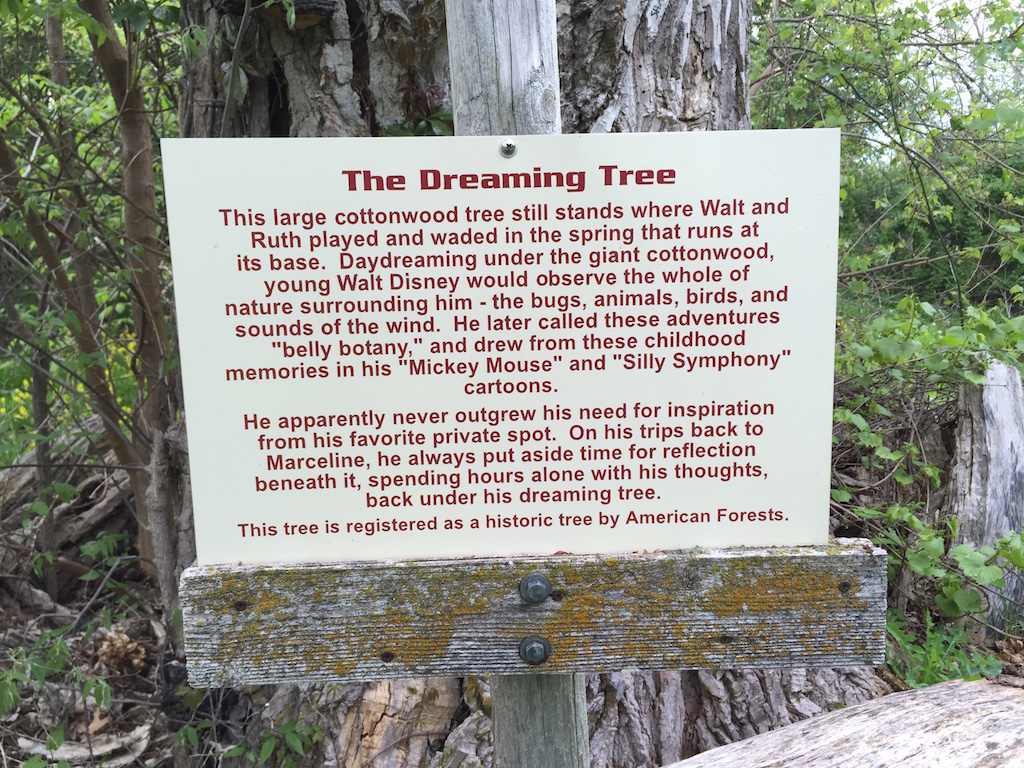 Dreaming Tree sign