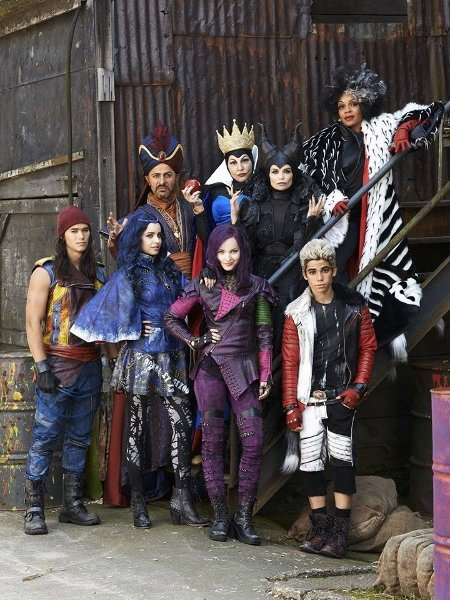 Descendants 4 (450x600)
