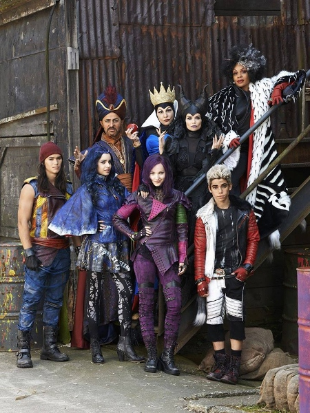 Disney Descendants Line Brings Teenage Sons & Daughters of ...