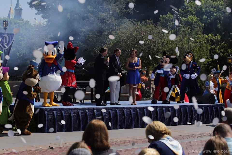 Disneyland-60th-Birthday-Celebration-06-1