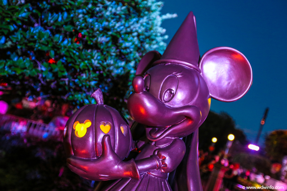 Mickeys-Not-So-Scary-Halloween-Party-01