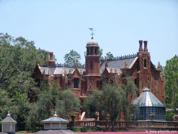 Haunted-Mansion-001
