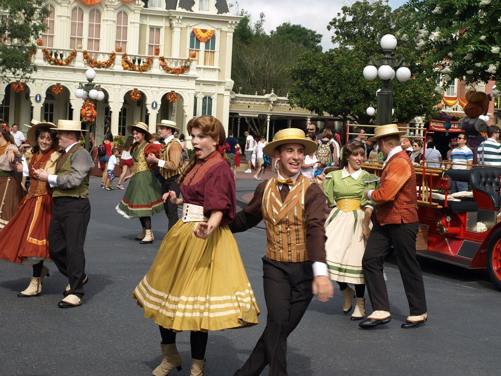 The Main Street Trolley Show
