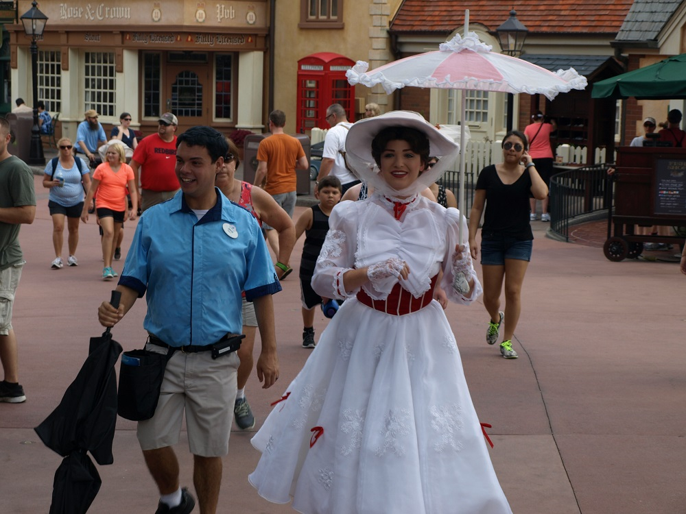 Mary Poppins on her way to the Uk