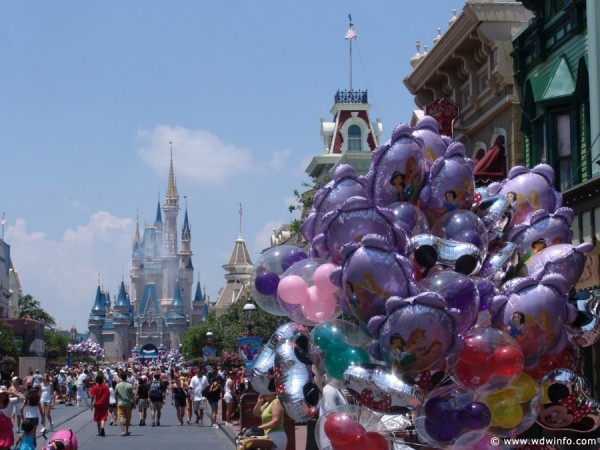Kissimmee family arrested for Walt Disney World ticket scam