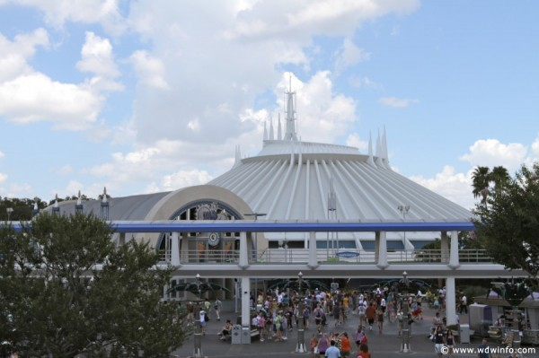5 Worst Things Heavy Crowds Do to the Disney Parks