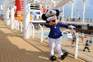 Cruise Critic Cruisers honor Disney Cruise Line