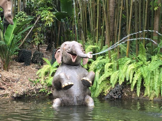 Jungle Cruise elephant