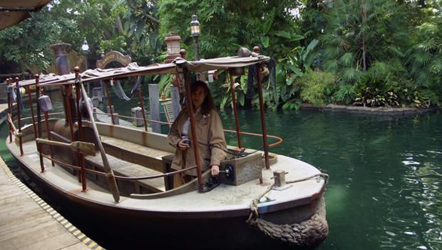 Adventureland_-_Jungle_Cruise_01b