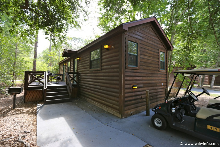 Why we love the cabins at disney s fort wilderness for Disney cabins fort wilderness