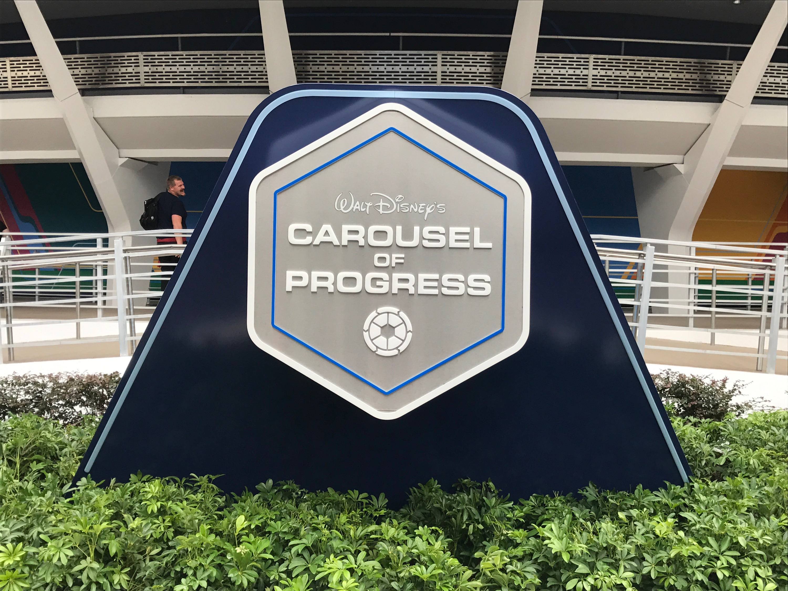 New Sign In Place For Tomorrowland S Carousel Of Progress
