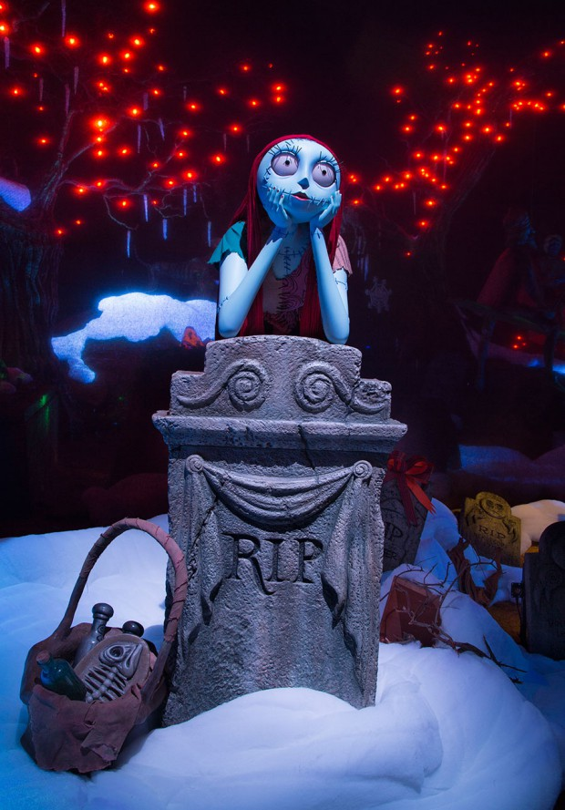 Disneyland Adds New Sally Figure To Haunted Mansion Holiday