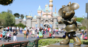 What if the Disney parks gave discounts to well behaved guests?
