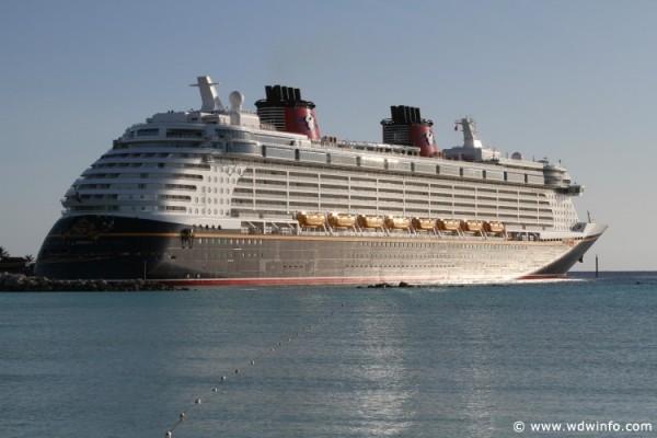 Disney_Dream_Cruise_Ship_005