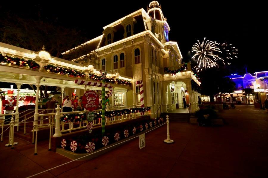 mickeys-very-merry-christmas-party-2016-012
