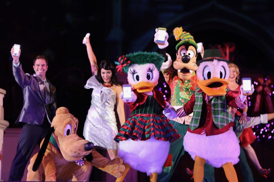 mickeys-very-merry-christmas-party-2016-072