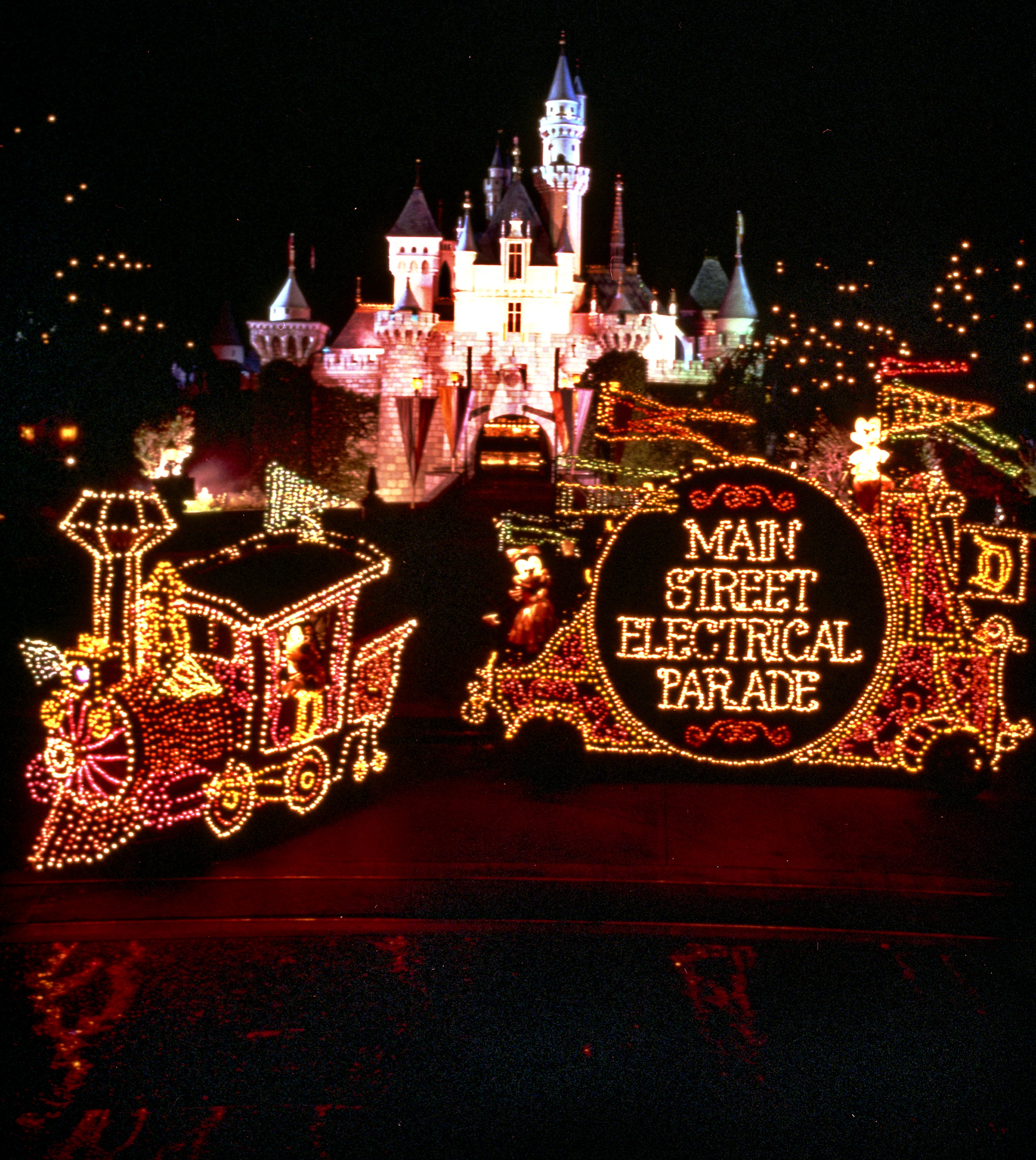 "MAIN STREET ELECTRICAL PARADE RETURNS TO DISNEYLAND RESORT – Brought to light in the early 1970s, the Main Street Electrical Parade helped establish a Disney Parks reputation for innovative, trend-setting live entertainment. As floats illuminate the parade route, this vibrant spectacular brings a variety of Disney animated feature films to life with approximately half a million twinkling lights. The parade's iconic musical theme, the electrically synthesized ""Baroque Hoedown,"" is a beloved fan-favorite interwoven with classic Disney themes. The Main Street Electrical Parade will celebrate a colorful homecoming at Disneyland Park beginning Friday, Jan. 20, 2017. (Disneyland Resort)"