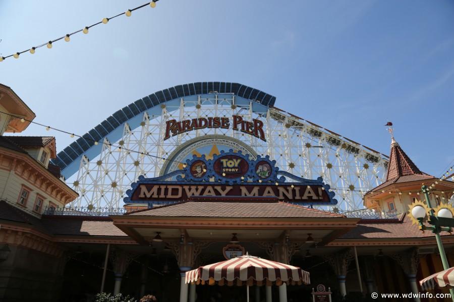 Disneyland fans respond to new MaxPass