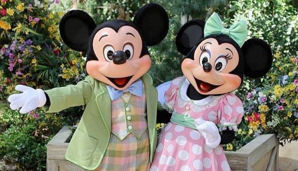 Mickey and Minnie Mouse in Easter pastels
