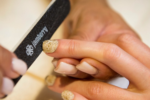 Disney Partners With Jamberry And Offers Guests Pixie Dusted Nail Designs