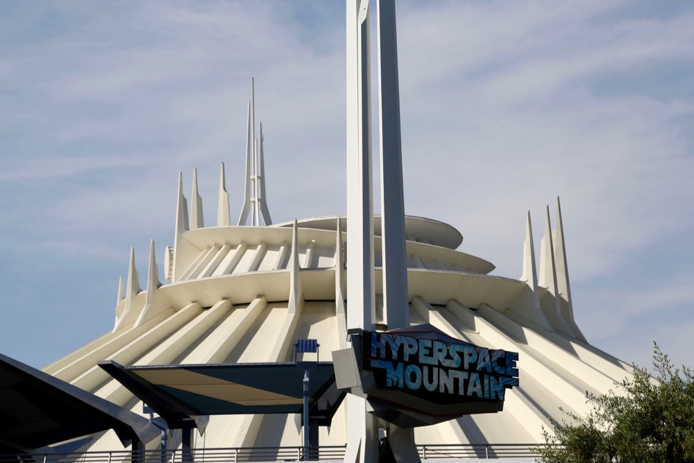 Hyperspace-Mountain-02
