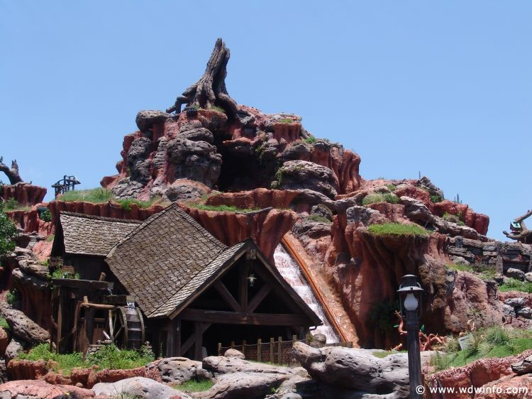 Splash_Mountain_01