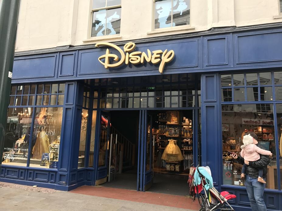 disney-store-dublin-exterior