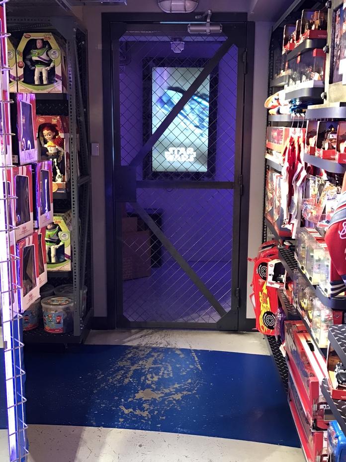 disney-store-dublin-ll-interio-3