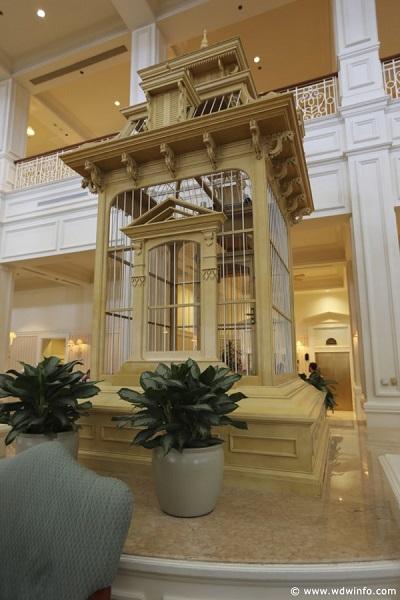 Grand-Floridian-Atrium-Lobby-21