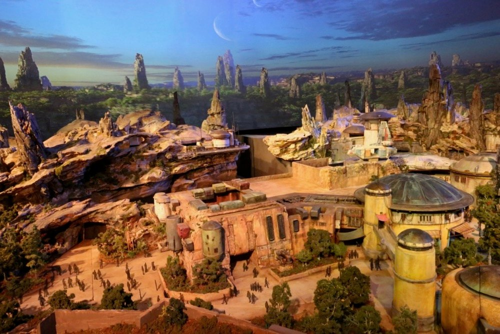 Star-Wars-Land-013