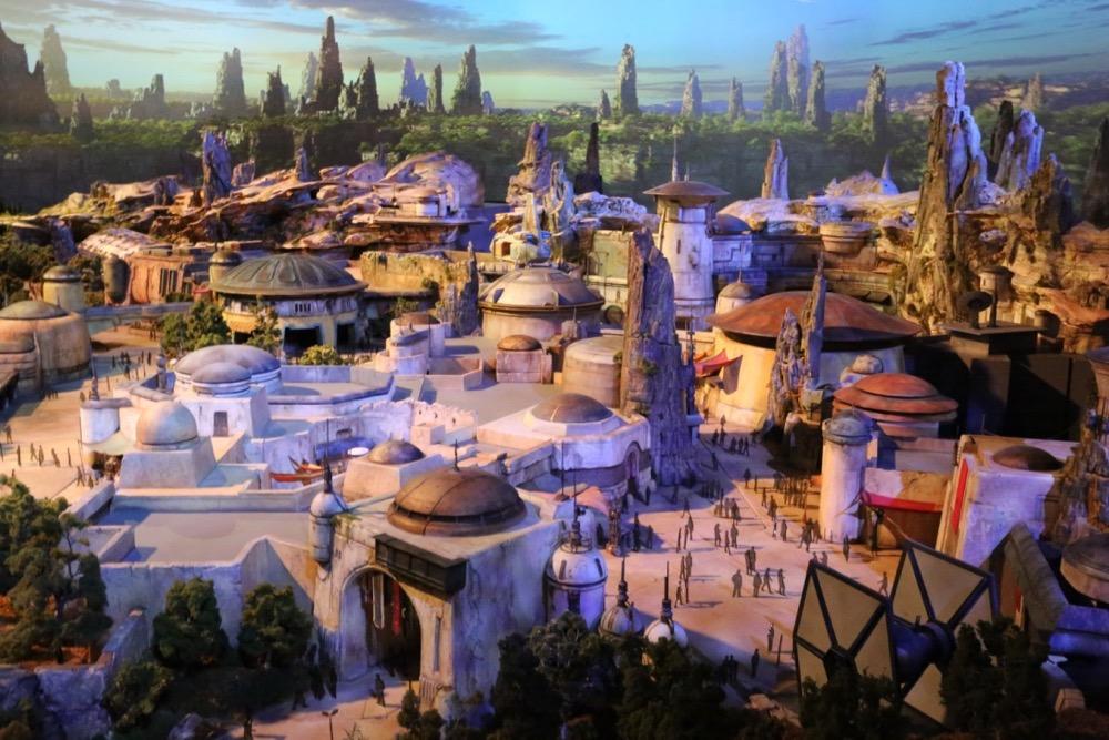 Star-Wars-Land-020