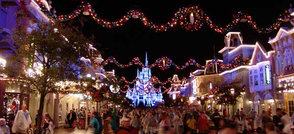 5 reasons to be excited for the holiday season at disney world