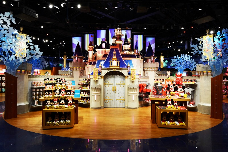 Disney_Store_Shanghai_02