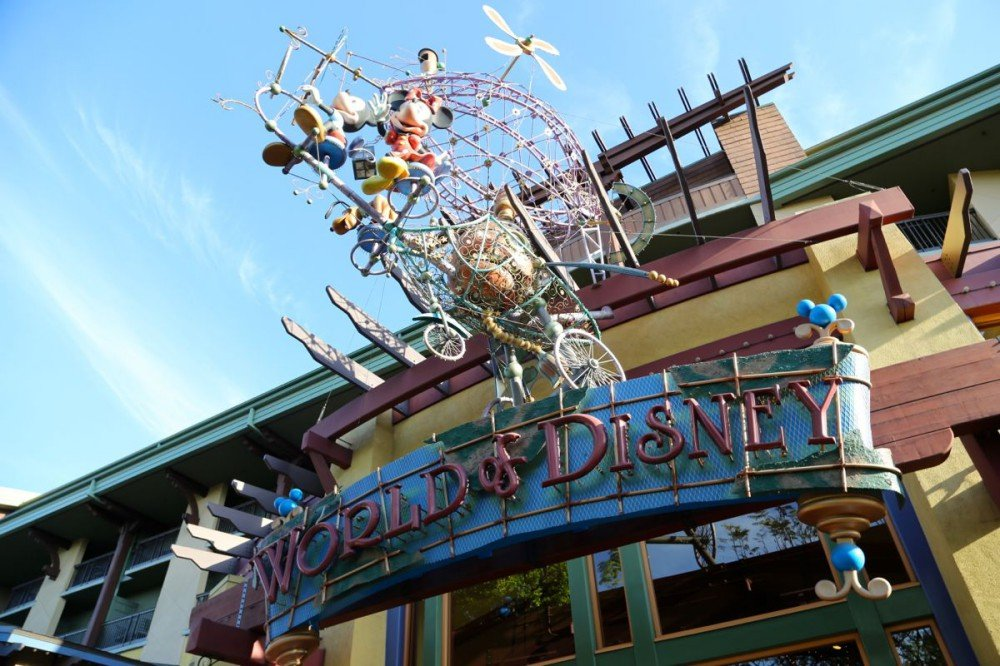 Downtown-Disney-Disneyland-16