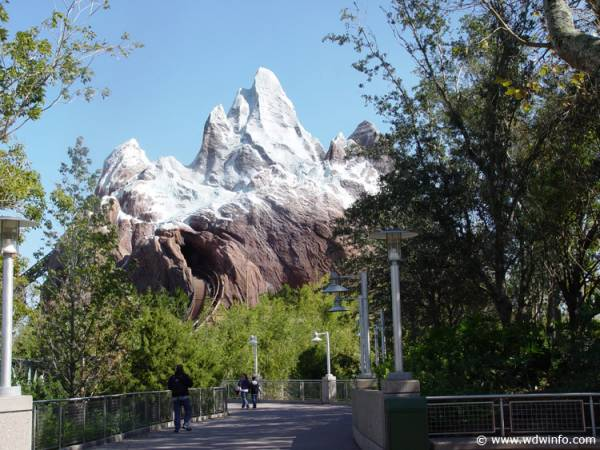Expedition_Everest_01