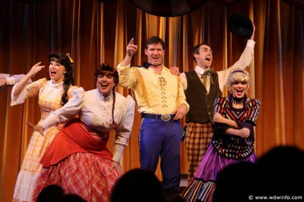 Hoop-Dee-Doo-Musical-Revue-004