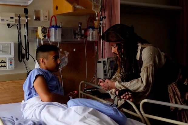 Jack Sparrow visits boy in bed