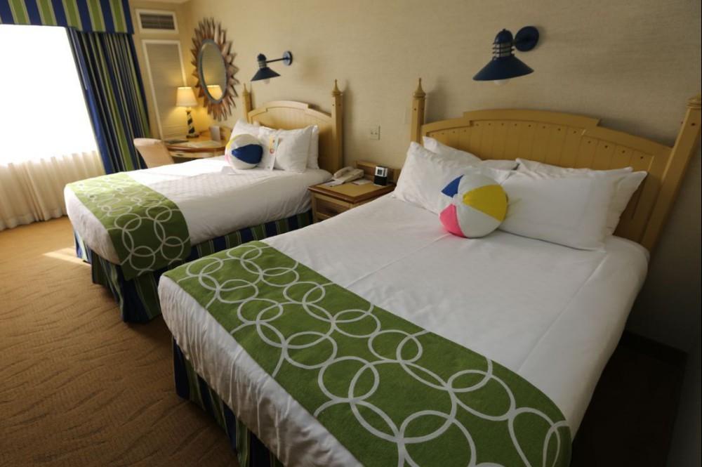 Paradise-Pier-Hotel-Room-26