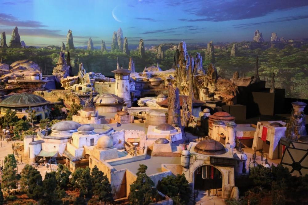 Star-Wars-Land-010
