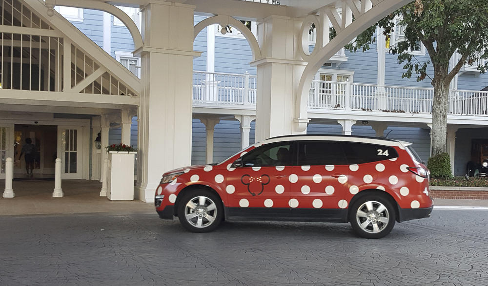 Minnie-Van-Lyft-1