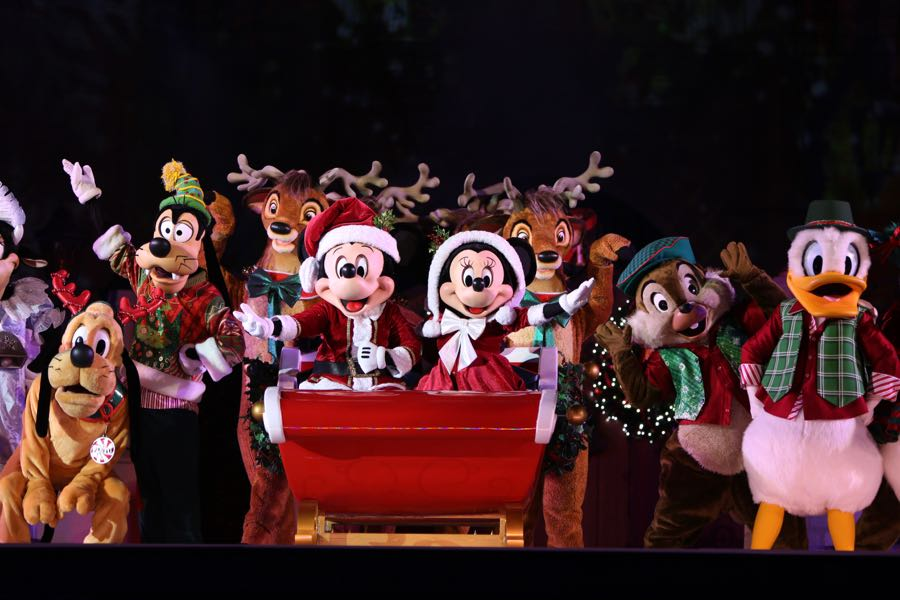 mickeys-very-merry-christmas-party-2016-045